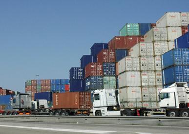 Cotraport reclama a Puertos mejoras en Barcelona